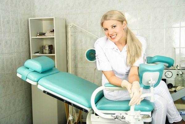 Який лікар лікує дисплазію шийки матки