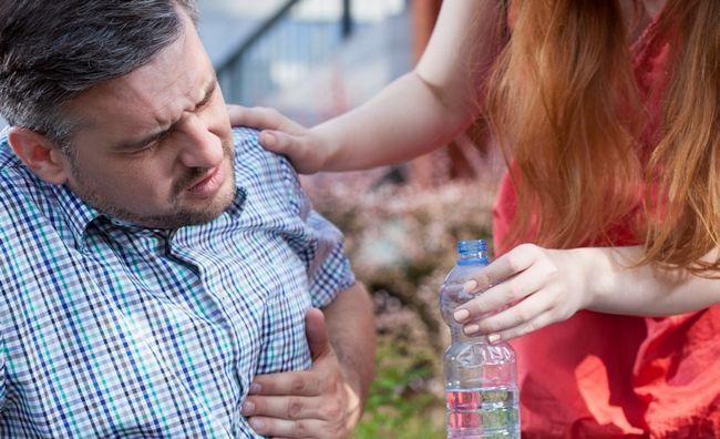 Долікарська медична допомога: користь і шкода благих намірів