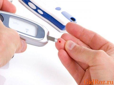 Організм - єдине ціле! Перевірте рівень цукру в крові, можливо, це причина потіння!