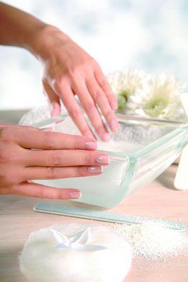 Грибок нігтів лікують так: