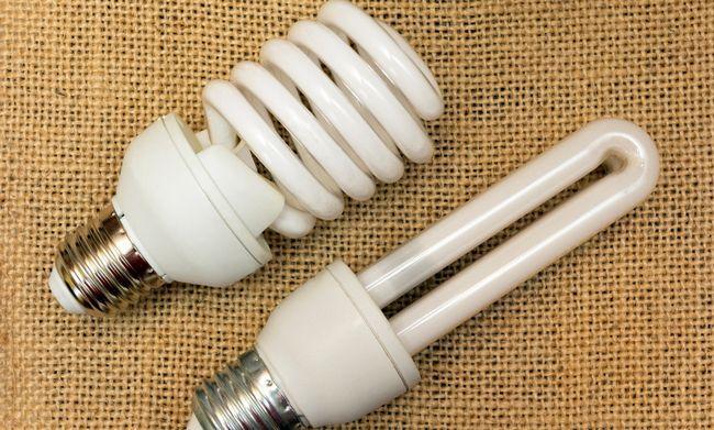 Енергозберігаючі лампи: 4 факти про можливу шкоду для здоров`я
