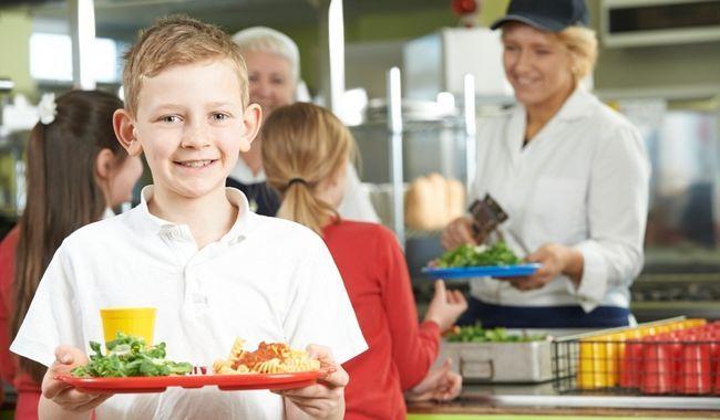 Як організувати харчування школяра?