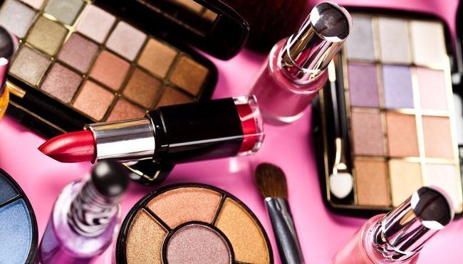 Яка парфумерія та косметика може бути небезпечною?