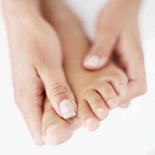 Лікування артриту стопи ніг в домашніх умовах