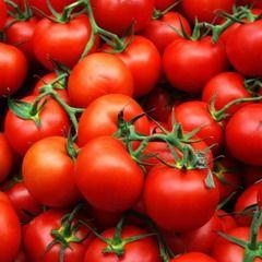Лікопін міститься в помідорах