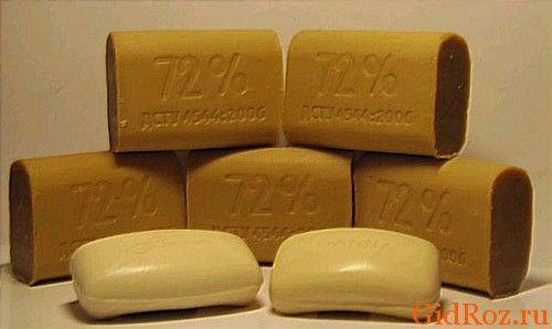 Біле, жовтувате і коричневе - немає кращого коштів від плям, ніж господарське мило!
