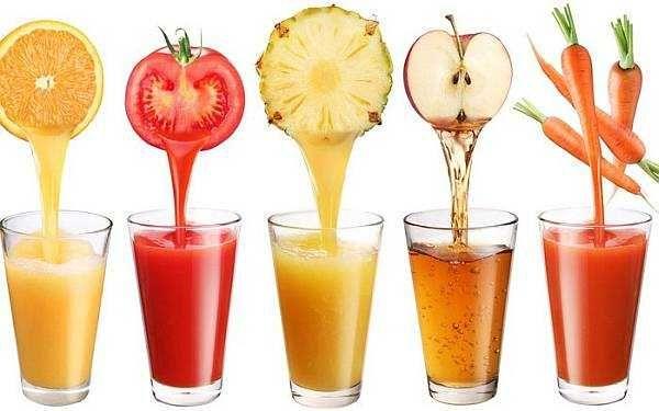 Магазинні фруктові соки для дітей не тільки не корисні, але й шкідливі