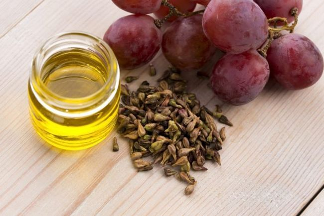 Масло виноградної кісточки для волосся: енциклопедія рецептів