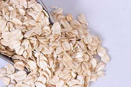 Вівсянка - супер продукт, що знижує високий холестерин, тиск, цукор в крові, сприяє схудненню і кращому засипанню