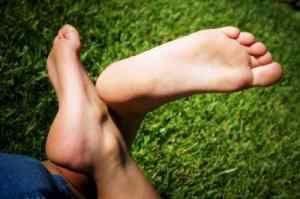Чому німіє п`ята лівої ноги