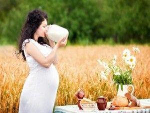 Чому з`являються прищі у вагітних?