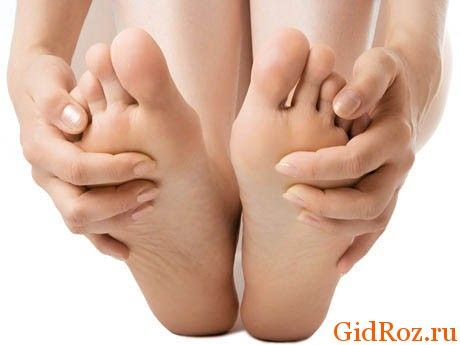 Регулярна гігієна і ретельна обробка ніг засобом допоможе незабаром забути про проблему!