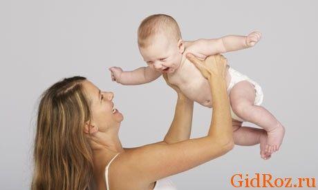Дотримання простих правил гігієни і використання масел і присипок допоможе мамі бути щасливою, а малюкові спокійним!