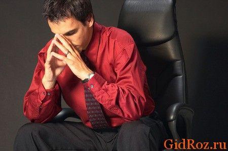 Безумовно. стрес і потіння пов`язані між собою! Ви, напевно, не раз помічали, що коли нервуєте, потієте сильніше!