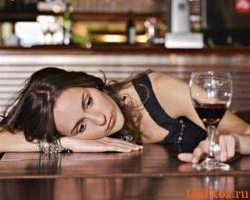 Знову виникла суперечка навколо взаємодії алкоголю і уколів від поту