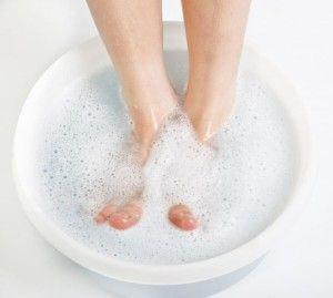 Засіб від грибка нігтів на ногах: види і рецепти