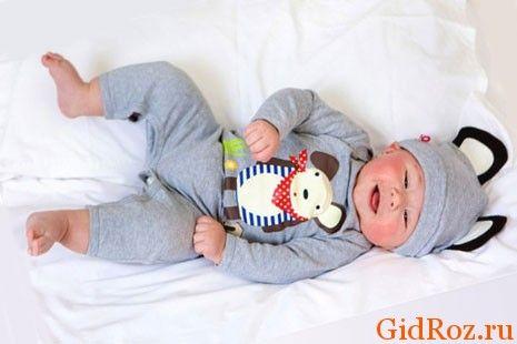 Головна профілактика проблеми - одягайте дитину так, щоб шкіра його могла дихати!