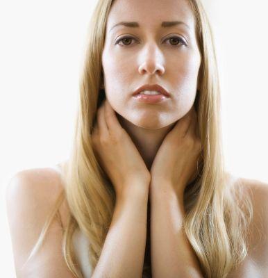 Запалення лімфовузлів - коли приходить інфекція - за вухами