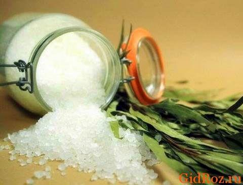 Сіль і трави - відмінне поєднання від поту!
